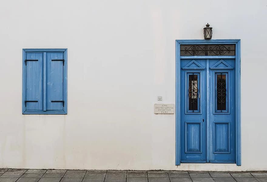 ¿Por dónde empezar a reformar una casa? Estudia bien la fachada, paredes interiores, techos y suelos para que tu casa sea eficiente