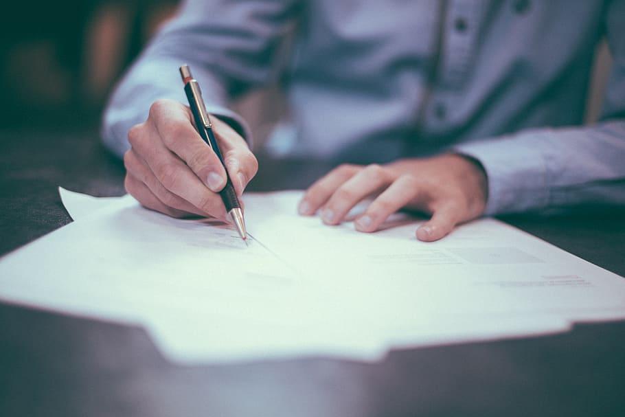 ¿Alquilar mi piso por inmobiliaria? Es necesario firmar una permanencia con la agencia